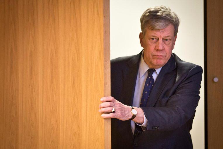 Minister Ivo Opstelten voorafgaand de persconferentie waarin hij zijn aftreden aankondigt. Beeld ANP