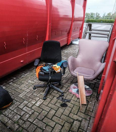 Afvaldumpingen bij papiercontainers in Westervoort en Doesburg: 'Het is gewoon asociaal'