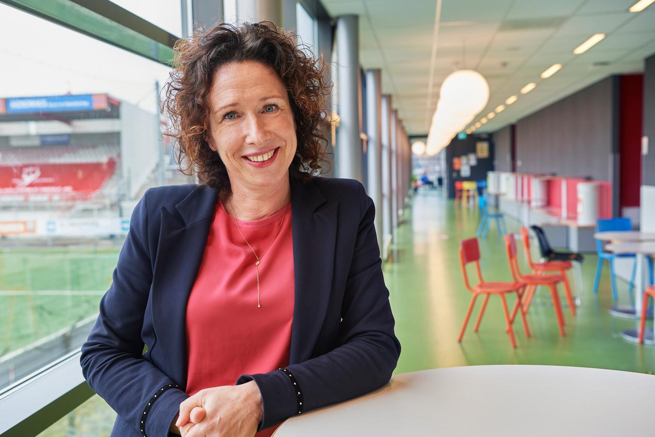 Tanja Peters neemt afscheid als directievoorzitter van scholengroep Het Hooghuis in Oss.