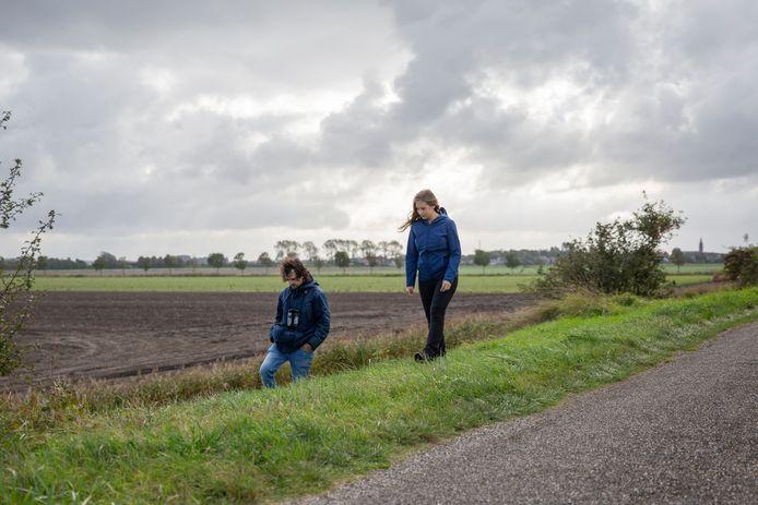 Linde Slikboer en Niels Godijn op de Rietdijk in Zonnemaire.