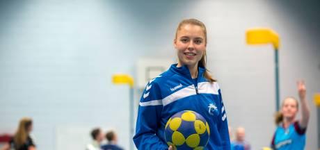 Nynke Lokhorst speelt straks in Korfbal League tegen haar zus Jessica