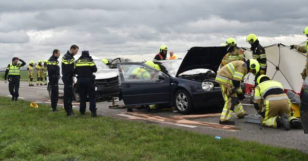 Ernstig ongeval op Van Heemstraweg bij Gameren; drie gewonden.