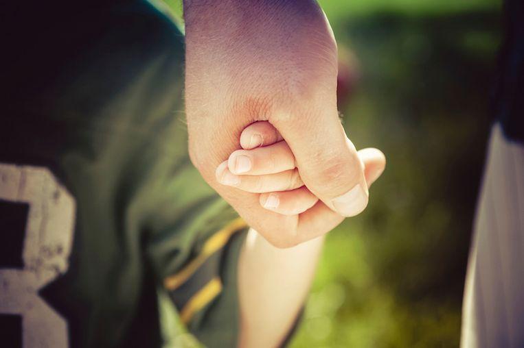 9-jarig jongetje redt leven van vader na epileptische aanval