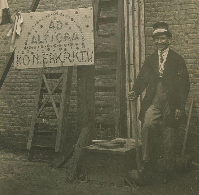 De kop van Jut op de Tilburgse kermis 1925. Deze ging wel gewoon door.