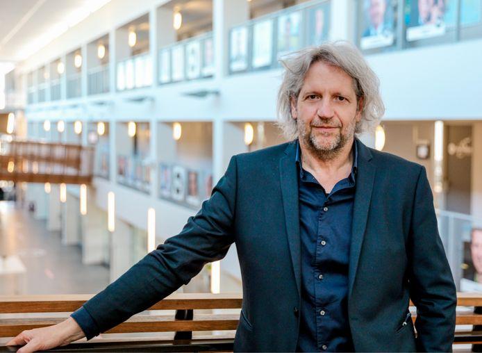 Francis Vos lanceert als Departementshoofd PXL-Business samen met de hogeschool de 'Digital Business School'.