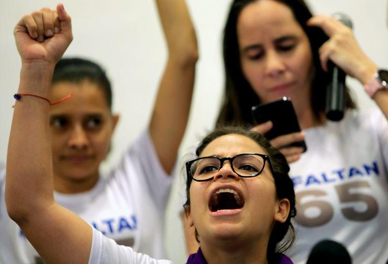 Coppens op een persconferentie waar ze de vrijlating van politieke gevangenen vroeg die nog steeds opgesloten zitten. Beeld AFP