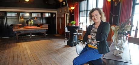 Restaurant Misverstand, maar dan in 't café in Markelo: Marjolijn biedt jonge mensen met dementie  veilige plek