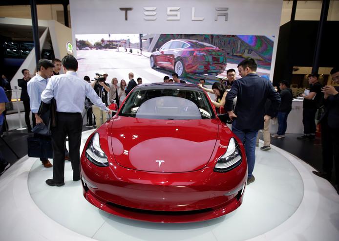 Het bedrijf van ondernemer Elon Musk heeft al enige tijd te kampen met flinke productieproblemen bij zijn belangrijke Model 3.