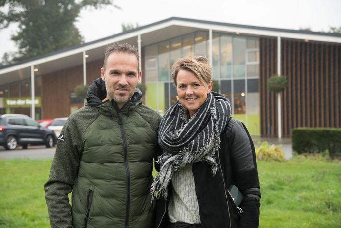 Ronny en Esther van der Horst willen hun zaak Bakker Piet verhuizen naar hun andere zaak, supermarkt Plus.