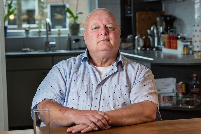 Rob Bremer zou een extreem riskante operatie krijgen in regionaal ziekenhuis, maar stapte na een second opinion over naar een gespecialiseerd ziekenhuis dat de ingreep veel vaker uitvoerde.
