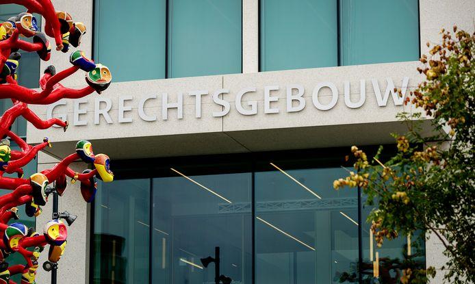 Het exterieur van de rechtbank Breda.