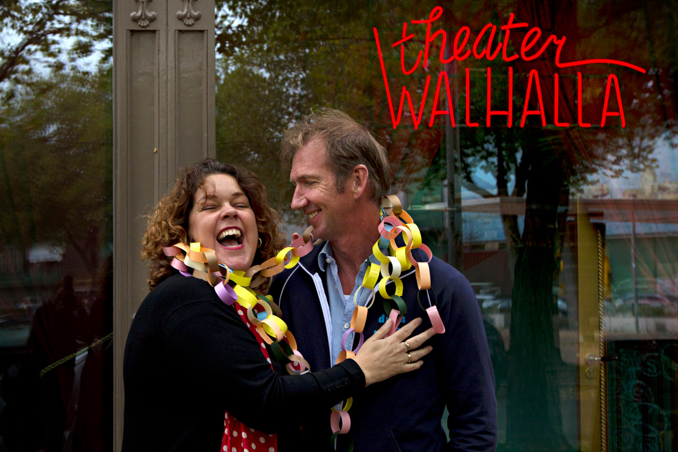 Rachèl van Olm en echtgenoot Harry-Jan Bus. Als oprichters van Theater Walhalla kregen ze samen eind 2010 de Laurenspenning van de gemeente Rotterdam.