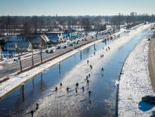 Drukte in Kop van Overijssel, zelfs schaatsers uit Limburg: 'Er is hier plaats zat'