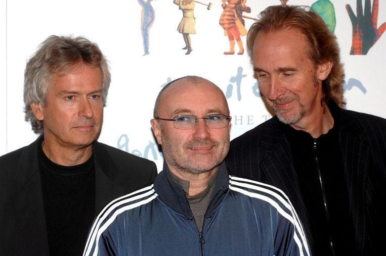 Tony Banks (L), Phil Collins and Mike Rutherford (R) van Genesis Beeld anp