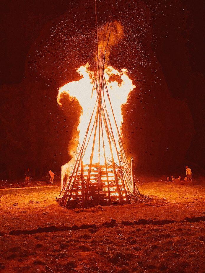 De leden van de Zaventemse scouts kijken al uit naar hun kamp, dat traditioneel met een kampvuur afgesloten wordt.