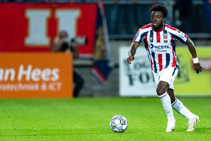 TILBURG, Netherlands, 18-09-2021, football, , Dutch eredivisie, season 2021 / 2022,  during the match Willem II - Groningen,  Willem II player Leeroy Owusu