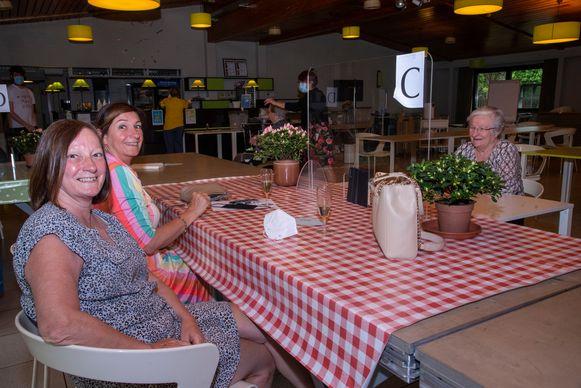 In Schelderust in Wetteren was bezoek achter een scherm mogelijk.