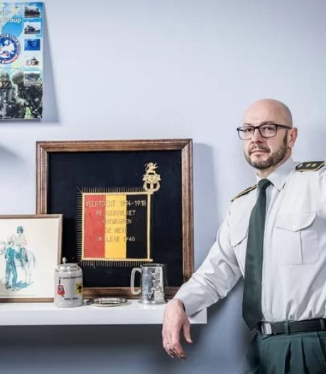 """Le général Boucké dit avoir accepté son départ du SGRS """"avec difficulté"""""""