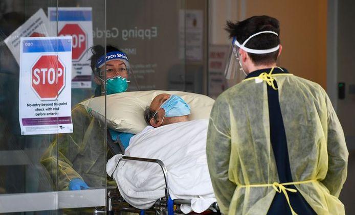 L'Organisation mondiale de la santé (OMS) rappelle que le nouveau coronavirus continue de se propager avec force dans le monde entier.