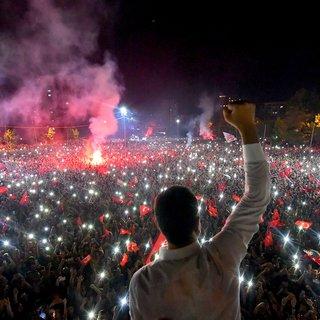 Imamoglu daagt Erdogan uit tot op het voetbalveld