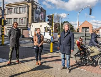 Druk kruispunt in Bissegem krijgt facelift: stad werkt verloederd pand weg, vroeger gebouw van drankenhandel KAVA wordt gesloopt