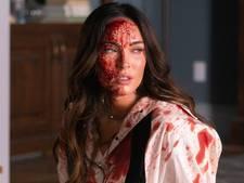 Megan Fox levert doodsstrijd met slechts één gezichtsuitdrukking