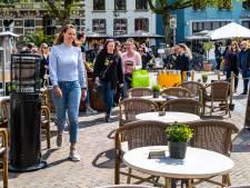 Eindelijk weer het terras op in Deventer, Raalte en Zutphen: 'Jeetje, mag dit wel!'