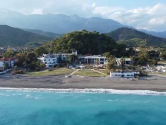 Dit luxueuze resort sloot zeven jaar geleden de deuren: wie dichter kijkt ziet dat het intussen één grote ruïne is