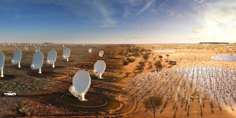 Een computertekening van de SKA-Low in Australië en de SKA-Mid in Zuid-Afrika. Beeld SKAO
