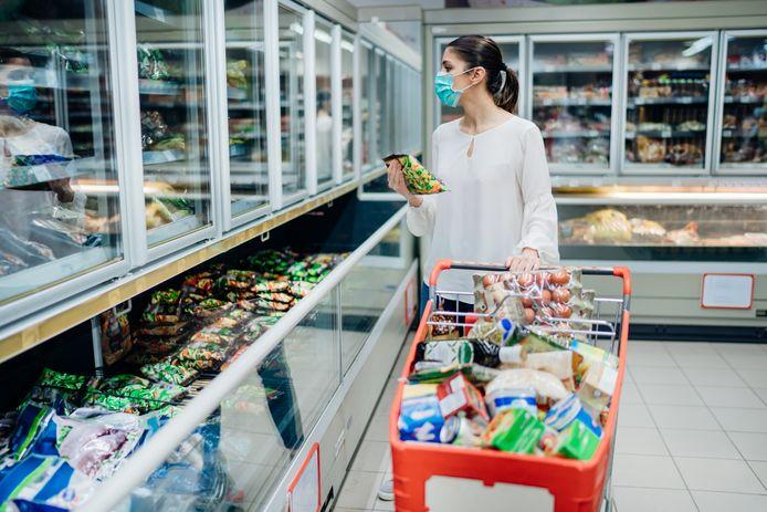 Bijna de helft van de Nederlanders vertrouwt de voedseletiketten niet.