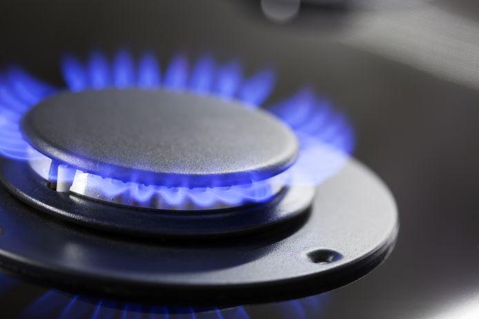 Le régulateur énergétique (Creg) a calculé qu'un ménage moyen va dépenser 1.000 euros par an pour l'électricité et 1.600 euros par an pour le gaz, et il est attendu que ces prix grimpent encore.