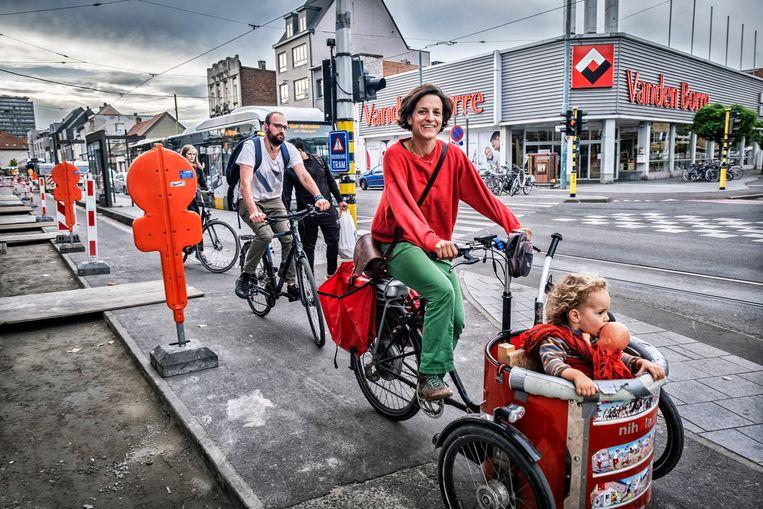 'Als je fietst of wandelt, heb je meer ontmoetingen. Dat zorgt voor psychologische genoegdoening.' Beeld Tim Dirven