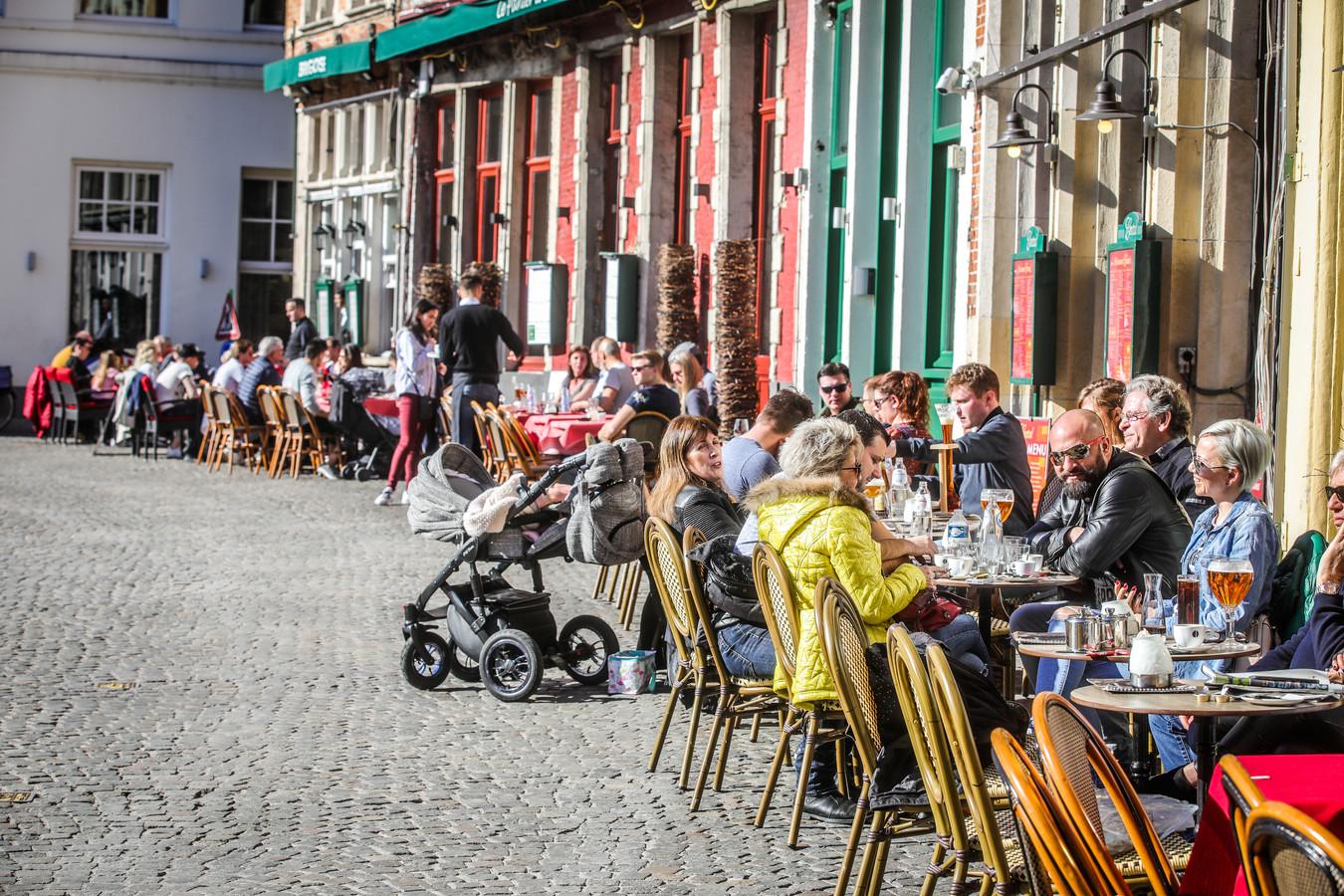 Er zouden al 80 horecazaken in Brugge benaderd zijn.