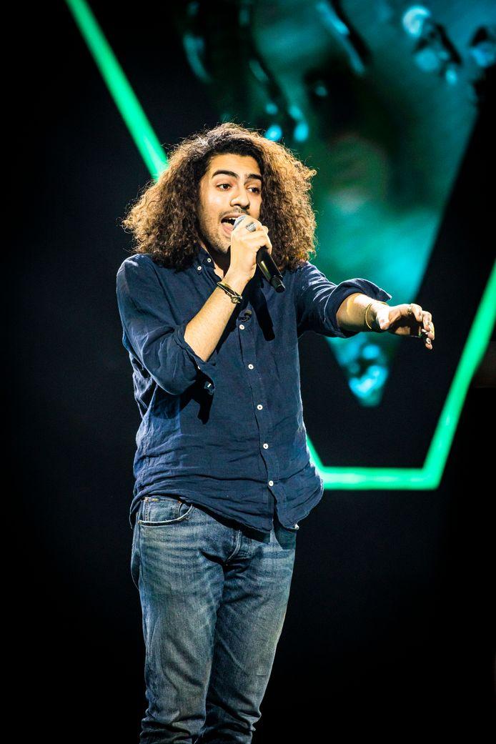 Jamil Almadani uit Meerbeke tijdens de 'Blind Auditions' van 'The Voice van Vlaanderen'.