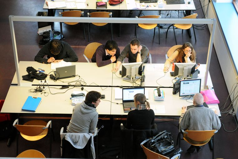 Studenten studeren vaak samen in de bibliotheken van de KU Leuven.