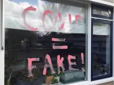 Woning van coronapatiënt beklad in Waadhoeke: 'Covid = fake'