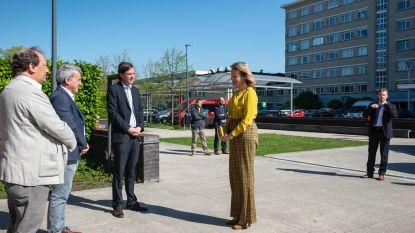 Koningin Mathilde op bezoek in UZ Gent: bezorgd om psychologisch welzijn in coronacrisis
