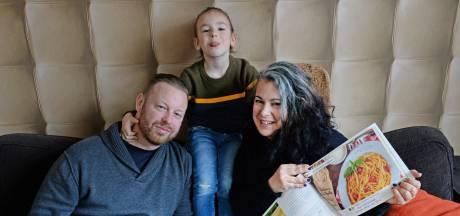 Silvia en haar gezin ruilen Enschede in voor Food Travels in Sardinië: 'Ik laat mensen de Sardijnse eet- en drinkcultuur beleven'
