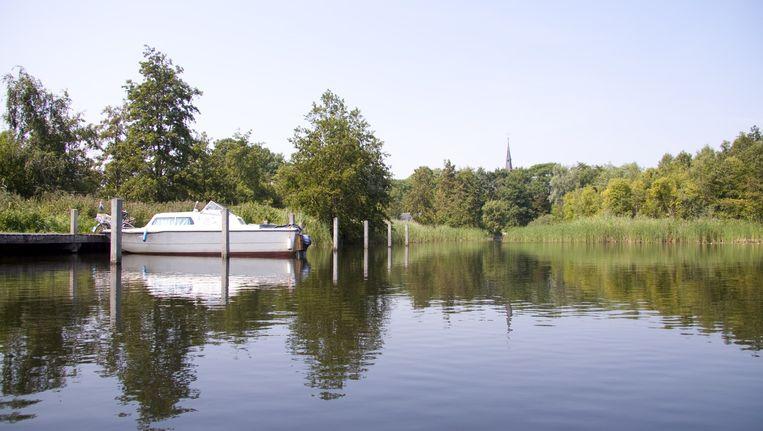 De Ankeveense plassen met zicht op de kerktoren van Nederhorst den Berg. Beeld Irene O'Callaghan