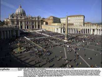 Vangheluwe: Kranten kijken naar Rome