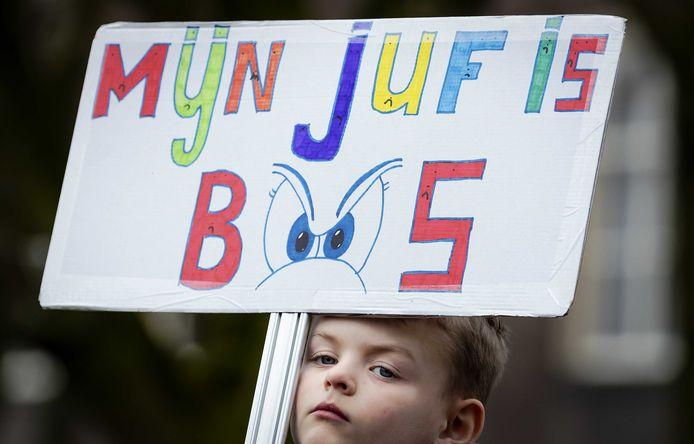 Foto van een demonstratie van onderwijzers.