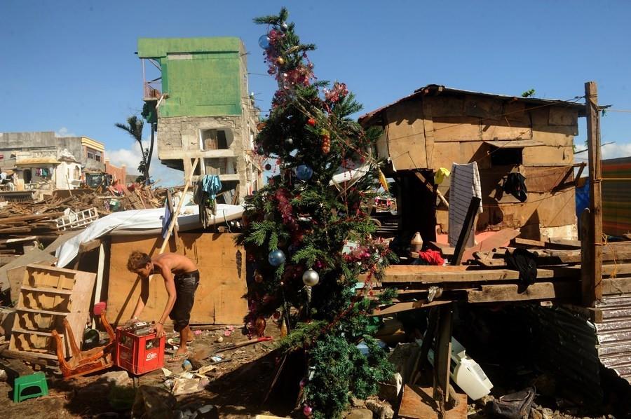 Tacloban, begin december.
