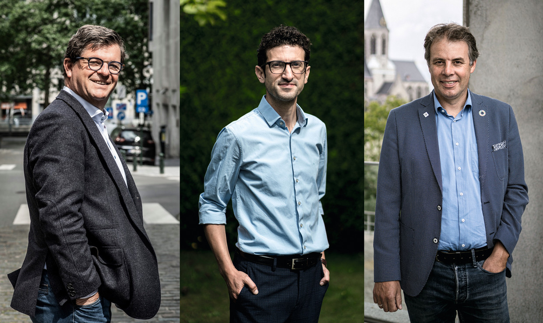Burgemeesters Bart Tommelein (Open Vld), Mohamed Ridouani (sp.a) en Jan Vermeulen (CD&V). Beeld Saskia Vanderstichele, Wouter Van Vooren