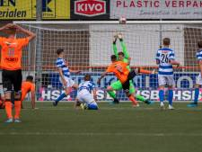 'Blauwen' krabbelen langzaam op in tweede divisie