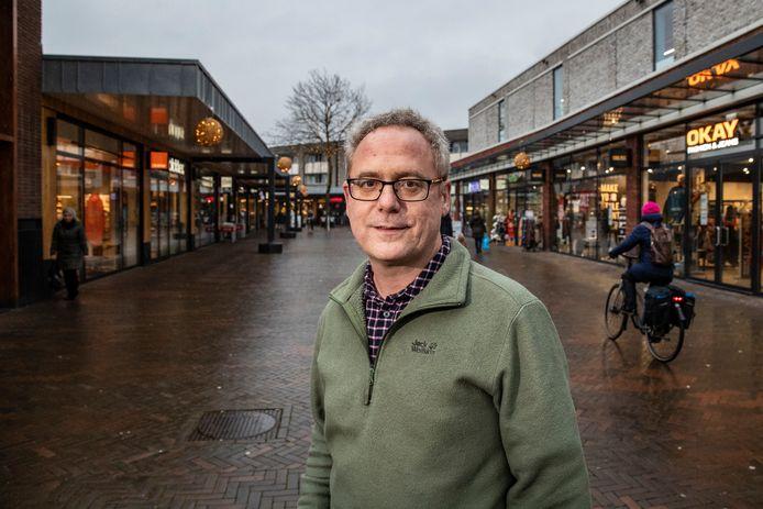 Centrummanager Alex Hogeslag: ,,Enkele ondernemers mogen gewoon open zijn en hun producten hoeven niet te worden vermeld in onze webshop. Maar die ondersteunen dit wel van harte.''