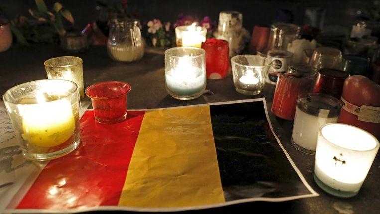 Ook het buitenland leeft mee met de slachtoffers van de terreuraanslagen in Brussel. Vooral New York, Londen, Madrid en Parijs kennen de angstkramp die terreur met zich meebrengt, maar weten ook dat het gewone leven zich - wonder boven wonder - altijd weer herstelt. Beeld photo_news