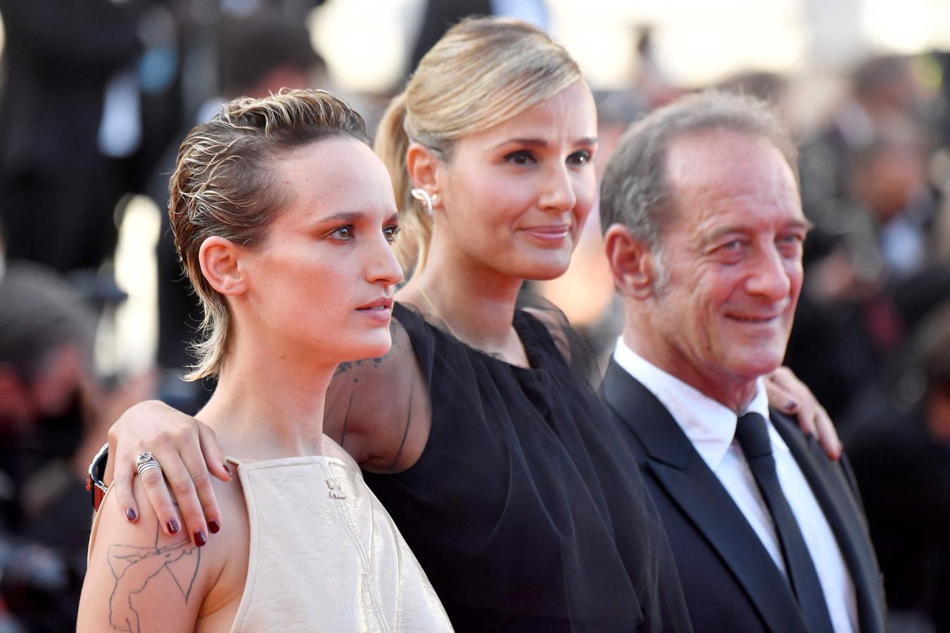 Agathe Rousselle, Julia Ducournau et Vincent Lindon