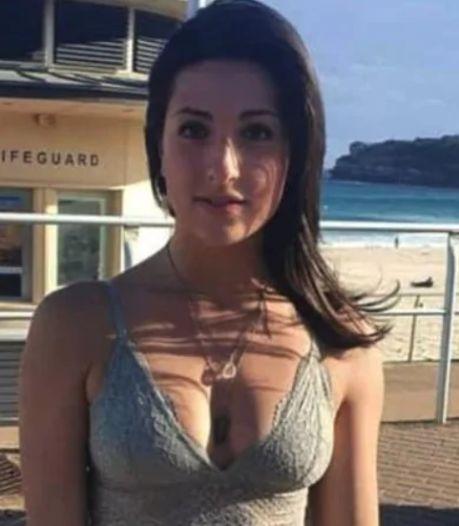 """Une touriste expulsée d'un restaurant à cause de sa tenue: """"Qu'est-ce qu'il y a de mal à ça?"""""""