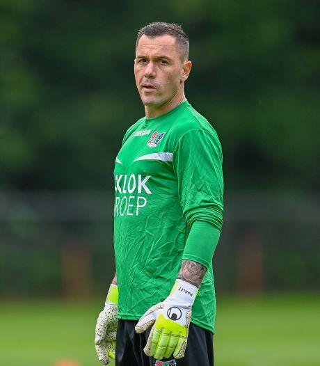NEC-doelman Vukovic heeft na frustrerende periode weer goede mindset: 'Het was voor mij ook een leerervaring'