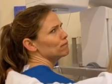 Jennifer Garner diffuse les images de sa mammographie
